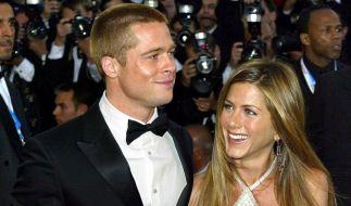 Fans und Promi-Experten sind sicher: Brad Pitt und Jennifer Aniston sind wieder ein Paar. (Foto)