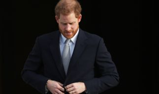 Traurige Nachrichten für die Royals: Ein früherer Schulkamerad von Prinz Harry und Prinz William ist bei einer Messer-Attacke in London ums Leben gekommen. (Foto)