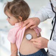 Lähmungen, Muskelschmerzen, Gehirnnebel! Immer mehr Kinder erkranken schwer (Foto)