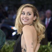 Nach sexy Super Bowl! Geili Miley geht mit Halbnackt-Hammer auf Männerfang (Foto)