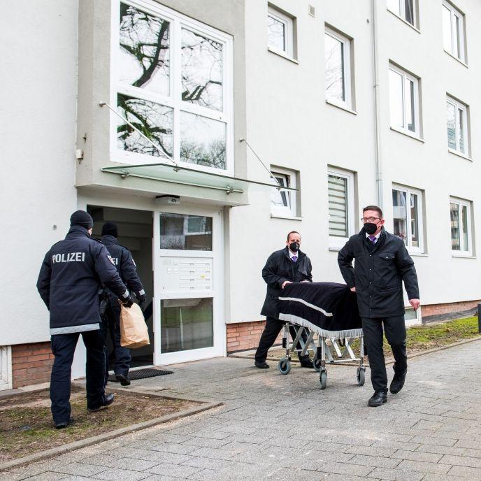 Mutter (53) erstochen, Freundin (24) erstickt - Hamburger festgenommen (Foto)