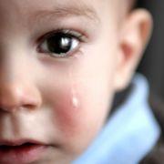 Horror-Strafe! Stiefmutter verbrüht Jungen (2) - tot (Foto)