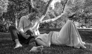 Prinz Harry und seine Ehefrau, Herzogin Meghan, erwarten ihr zweites Kind. Das Paar sei überglücklich, zitierte die Nachrichtenagentur PA am Sonntagabend einen Sprecher des Paares. (Foto)