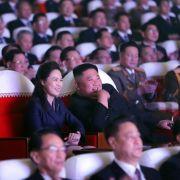 Foto mit Seltenheitswert! Kims Ehefrau nach Monaten wieder aufgetaucht (Foto)
