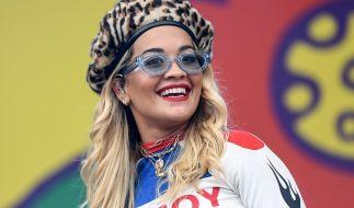 Rita Ora liefert ihren Fans im Netz einen regelrechten Hintern-Kracher. (Foto)
