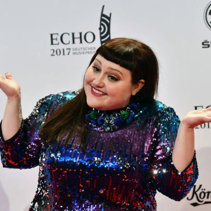 Nackt-Kracher zum Geburtstag! Die heftigsten Fotos der Gossip-Sängerin (Foto)