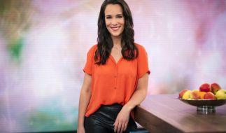 "Alina Stiegler moderiert seit 2018 die ARD-Sendung ""Live nach Neun"". (Foto)"