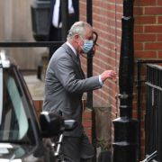 Sorge um Prinz Philip! Thronfolger eilt zu seinem Vater ins Krankenhaus (Foto)