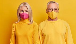 Brillenträger:innen haben ein geringeres Risiko, sich mit dem Coronavirus zu infizieren. (Foto)