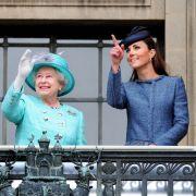 Royaler Rache-Akt? Queen plant mit Kate Middleton TV-Interview am selben Tag (Foto)