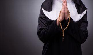 Zwei Nonnen haben wegen einer Exorzismus-Zeremonie die Corona-Regeln gebrochen. (Symbolfoto) (Foto)