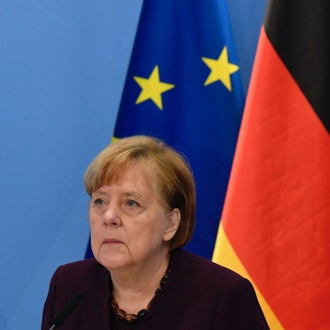 """""""Schlechteste Führerin aller Zeiten!"""" Ausland rechnet mit Merkel ab (Foto)"""