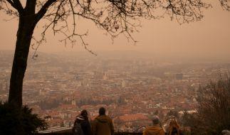 Saharastaub verfärbte nicht nur die Luft über Stuttgart. (Foto)