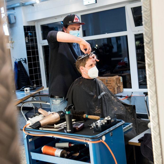 Friseure und Co.! Was in den Bundesländern ab heute wieder öffnen darf (Foto)