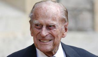 Der an einer Infektion erkrankte Prinz Philip ist in ein anderes Krankenhaus verlegt worden. (Foto)