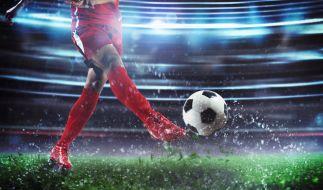 Die Fußballwelt trauert um Ian St John. (Foto)