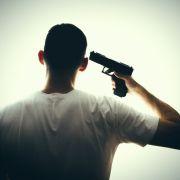 Er wollte in Rente gehen! Polizist erschießt sich auf Wache (Foto)