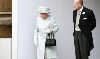 Queen Elizabeth II. wird in wenigen Wochen ohne ihren Ehemann Prinz Philip auskommen müssen. (Foto)