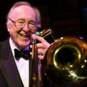 Chris Barber, britischer Jazz-Musiker (17.04.1930 - 02.03.2021)