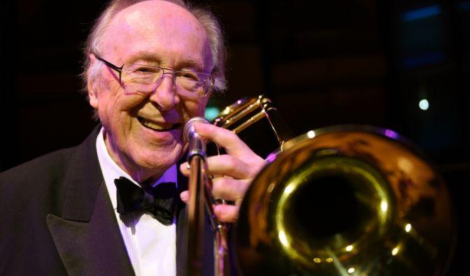 Chris Barber, britischer Jazz-Musiker (17.04.1930 - 02.03.2021) (Foto)