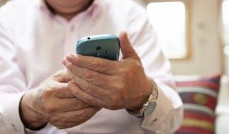 Betrüger wollen Verbraucher aktuell mit einer SMS abzocken. (Foto)