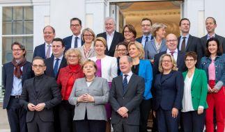 14 Bundesminister bilden zusammen mit Bundeskanzlerin Angela Merkel die Bundesregierung. (Foto)