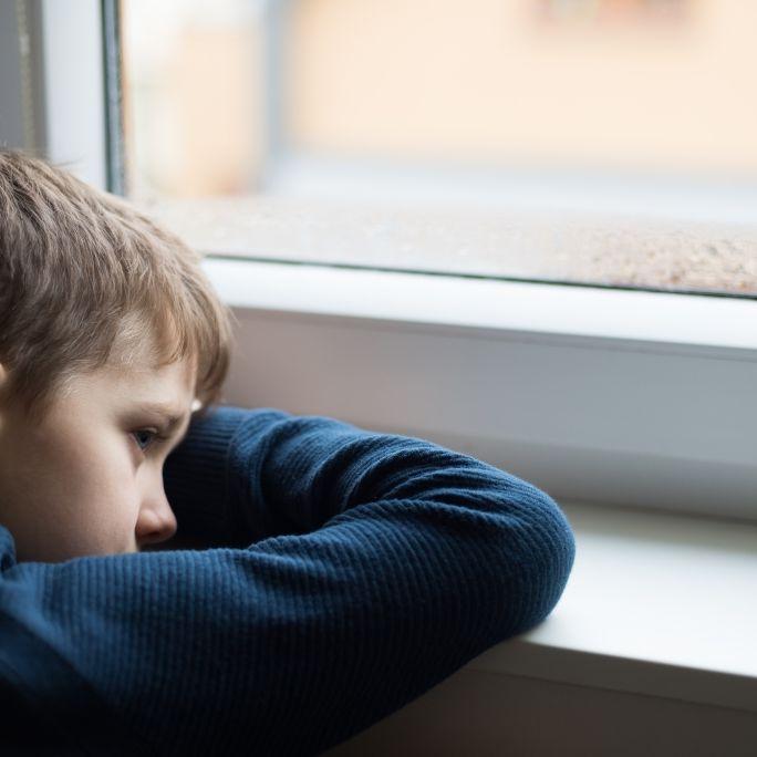 Halluzinationen! Junge stürzt sich im Wahn aus dem Fenster (Foto)