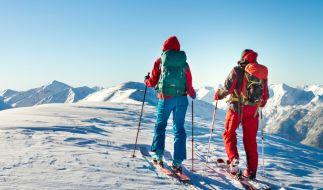 In der Schweiz ist ein Junge (8) bei einem Skiunfall ums Leben gekommen. (Foto)