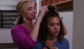 """Dürfen in Staffel 2 nicht fehlen: """"Ginny & Georgia""""-Hauptdarstellerinnen Antonia Gentry und Brianne Howey. (Foto)"""