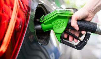 Tanken wird in Deutschland immer teurer. (Foto)