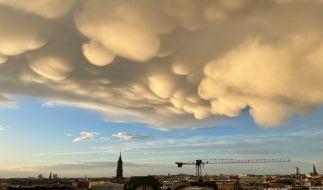 Mammatuswolken nach einem Gewitter über Berlin. (Foto)