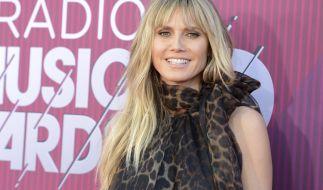 Heidi Klum ließ ihre Backen blitzen. (Foto)