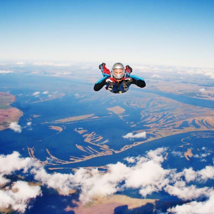 Fallschirm versagt! Mann (30) stürzt bei Wettkampf in den Tod (Foto)