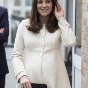Herzogin Kates Schwangerschaftsübelkeit sorgt für Psycho-Gefahren (Foto)