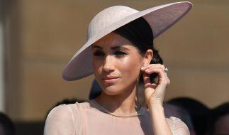 Herzogin Meghan bei einem Gartenfest im Buckingham Palace (Foto)