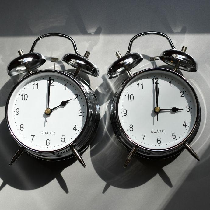 Sommerzeit hat begonnen! Haben Sie richtig an der Uhr gedreht? (Foto)