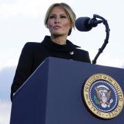 Ihr Nackt-Foto bleibt da! Donald Trumps Ehefrau gedemütigt (Foto)
