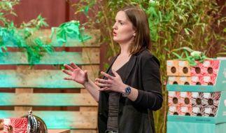 """Lara Schuhwerk präsentiert mit """"Beneto Foods"""" Pasta aus Grillenmehl. Sie erhofft sich ein Investment von 80.000 Euro für 15 Prozent der Anteile an ihrem Unternehmen. (Foto)"""