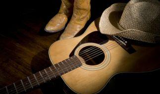 US-Countrysängerin Taylor Dee ist bei einem Autounfall ums Leben gekommen - die Texanerin war erst 33 Jahre jung (Symbolbild). (Foto)