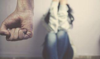 Eine Frau wurde von ihrem Geliebten schwer misshandelt. (Symbolfoto) (Foto)