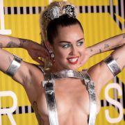 Nacktfotos aufgetaucht! Hacker stellen Sängerin bloß (Foto)