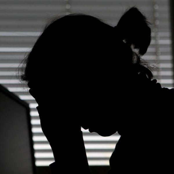Gefährliche Zunahme! Der aktuelle Lockdown verstärkt Depressionen (Foto)