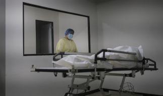 Intensivmediziner befürchten überfüllte Krankenhäuser schon im April, sollte kein harter Lockdown verhängt werden. (Foto)