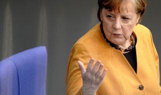 In der Corona-Pandemie kocht jedes Bundesland sein eigenes Süppchen - kann Angela Merkel per Gesetzänderung den bundesweiten Knallhart-Lockdown verhängen? (Foto)