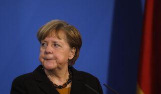Warum hat Angela Merkel erst Dienstag gehandelt? (Foto)