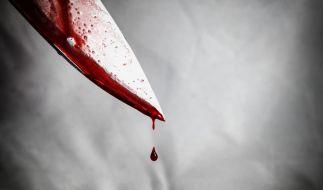 Ein 16-Jähriger ist am Karfreitag nach einer Auseinandersetzung in Flensburg durch Messerstiche tödlich verletzt worden (Symbolbild). (Foto)