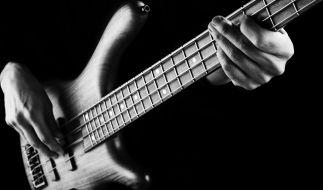 Die Musikwelt trauert um War-Bassist Morris 'B.B'. Dickerson. (Foto)