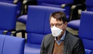 Karl Lauterbach hat sich mit Astrazeneca impfen lassen. (Foto)