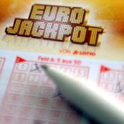 Mit Ihrem Spielschein können Sie im Eurojackpot am Freitag wieder einen Millionn-Jackpot abräumen, sehr großes Glück vorausgesetzt. (Foto)