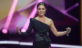 """Nach ihrer Auszeit moderiert Nazan Eckes am 12. April wieder die Sendung """"Extra"""". (Foto)"""